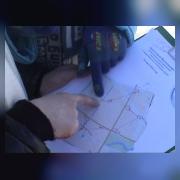 Команда видеостудии «Начало» (рук. Кондрашкина Л.Л.)  определяет по карте маршрут движения