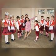 Руководитель Абакшина Н. М. репетирует со своими воспитанниками
